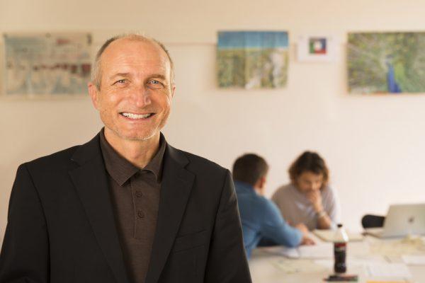 Urs Bachmann – Lehrer Mitarbeiter- & Unternehmensführung